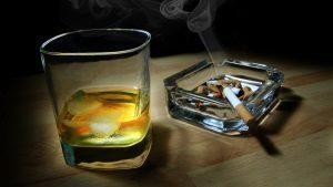 Merokok dan Minum minuman beralkohol