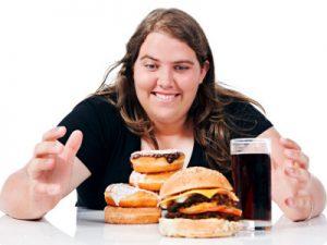 Kebiasaan Buruk Mengonsumsi Makanan Penuh Lemak
