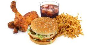 Menghindari konsumsi makanan instan dan cepat saji