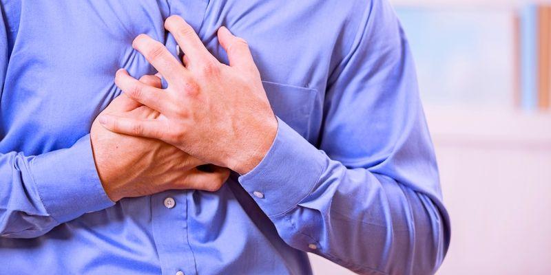 Perbedaan Antara Tanda Serangan Jantung Dengan Sakit Dada Yang Biasa